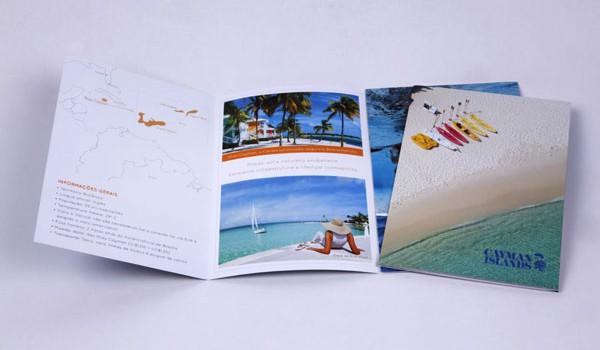 Folder institucional das Ilhas Cayman